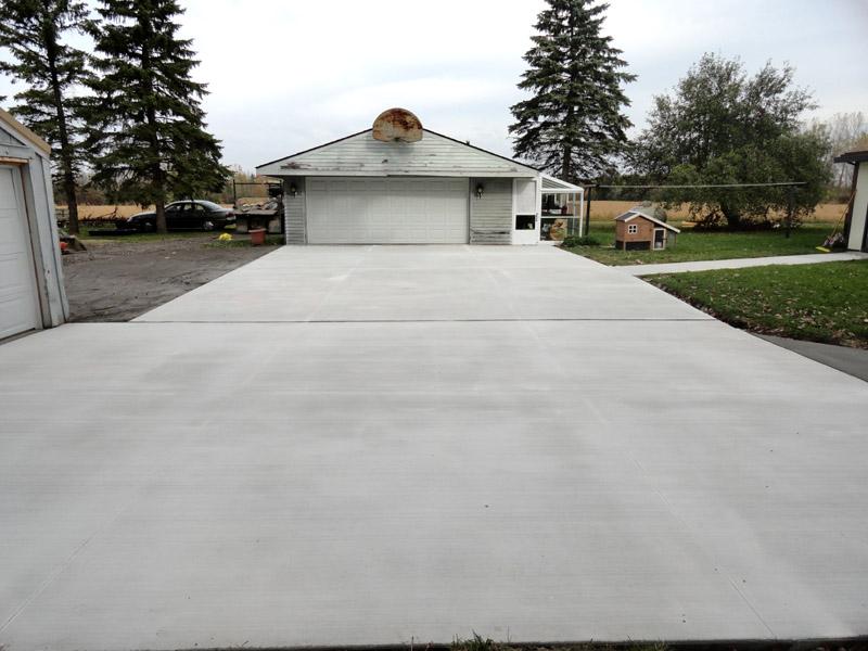 New concrete driveway for Pouring concrete driveway
