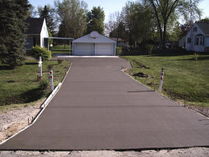 New regular concrete driveway - Grand Blanc, MI